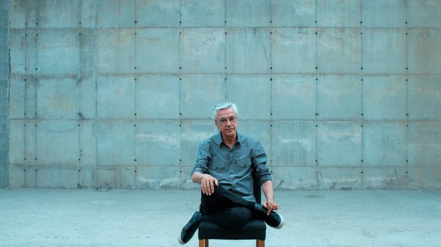 Narciso em Férias, doc sobre a prisão de Caetano em 1968, é selecionado para o 77º Festival de Veneza